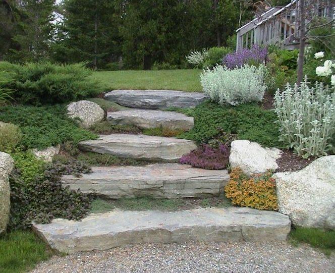 Arredare il giardino con sassi e pietre i consigli di for Pietre da giardino