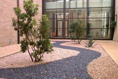 Come Costruire Un Giardino Di Ghiaia : Arredare il giardino con la ghiaia u2013 giardini nel mondo
